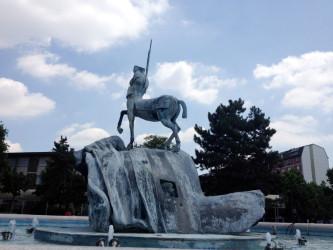Milano. Barona, la Fontana di Igor Mitoraj